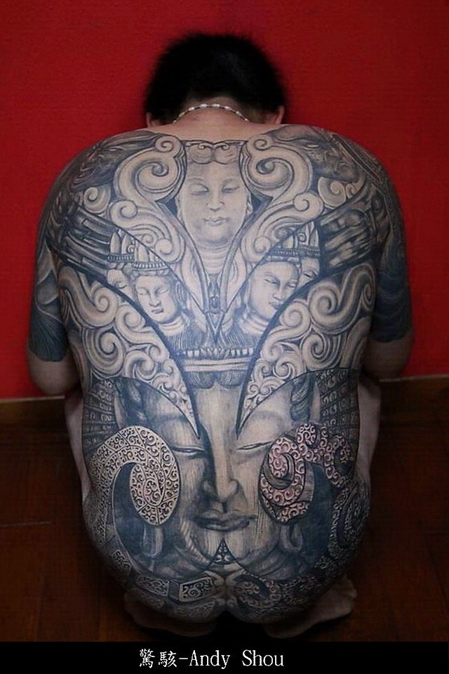 3 boston tattoo convention for Tattoo artists boston