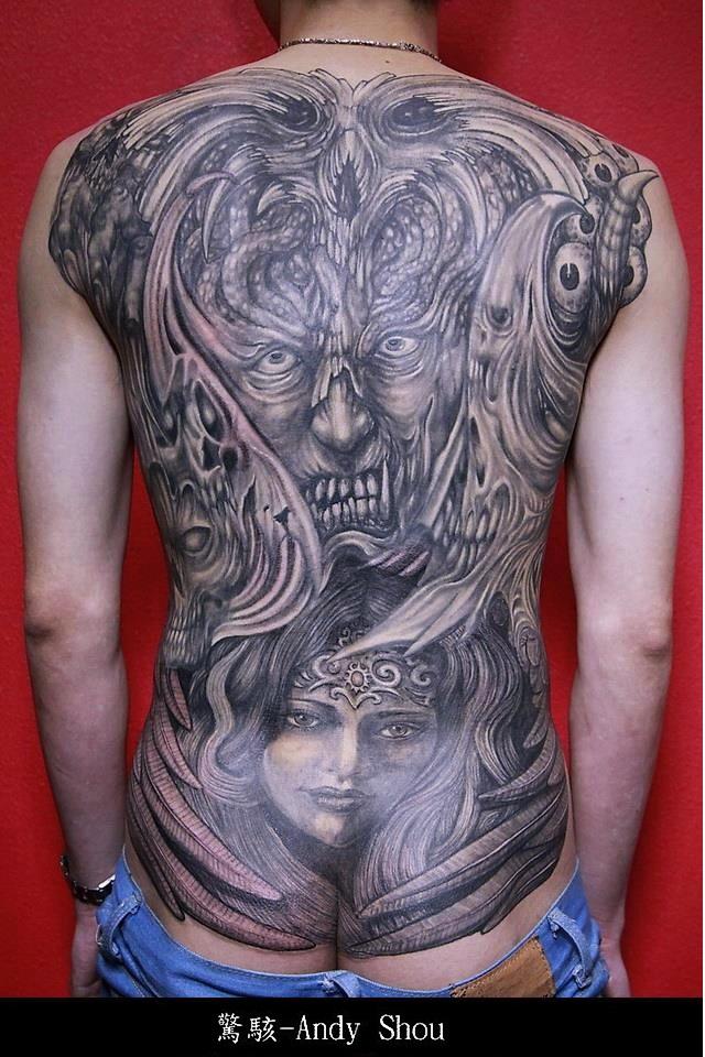 7 boston tattoo convention for Tattoo artists boston