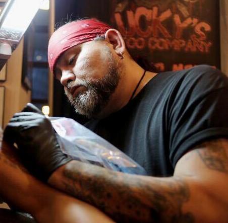 Lucky 13 sinakhom boston tattoo convention for Boston tattoo company